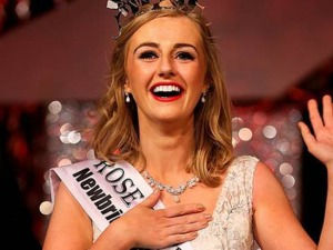 MI+Elysha+Brennan+Rose+of+Tralee+2015